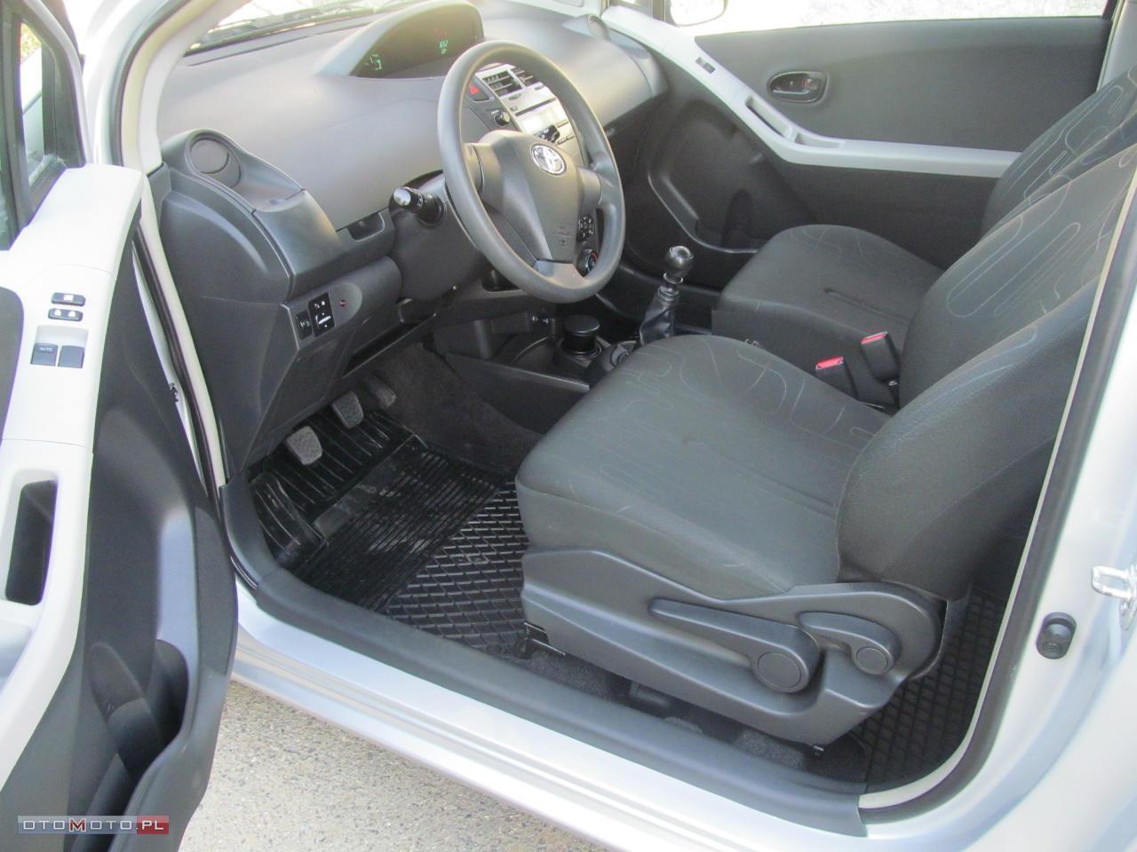 Toyota Yaris KRAJOWA 1,33 FAKTURA VAT