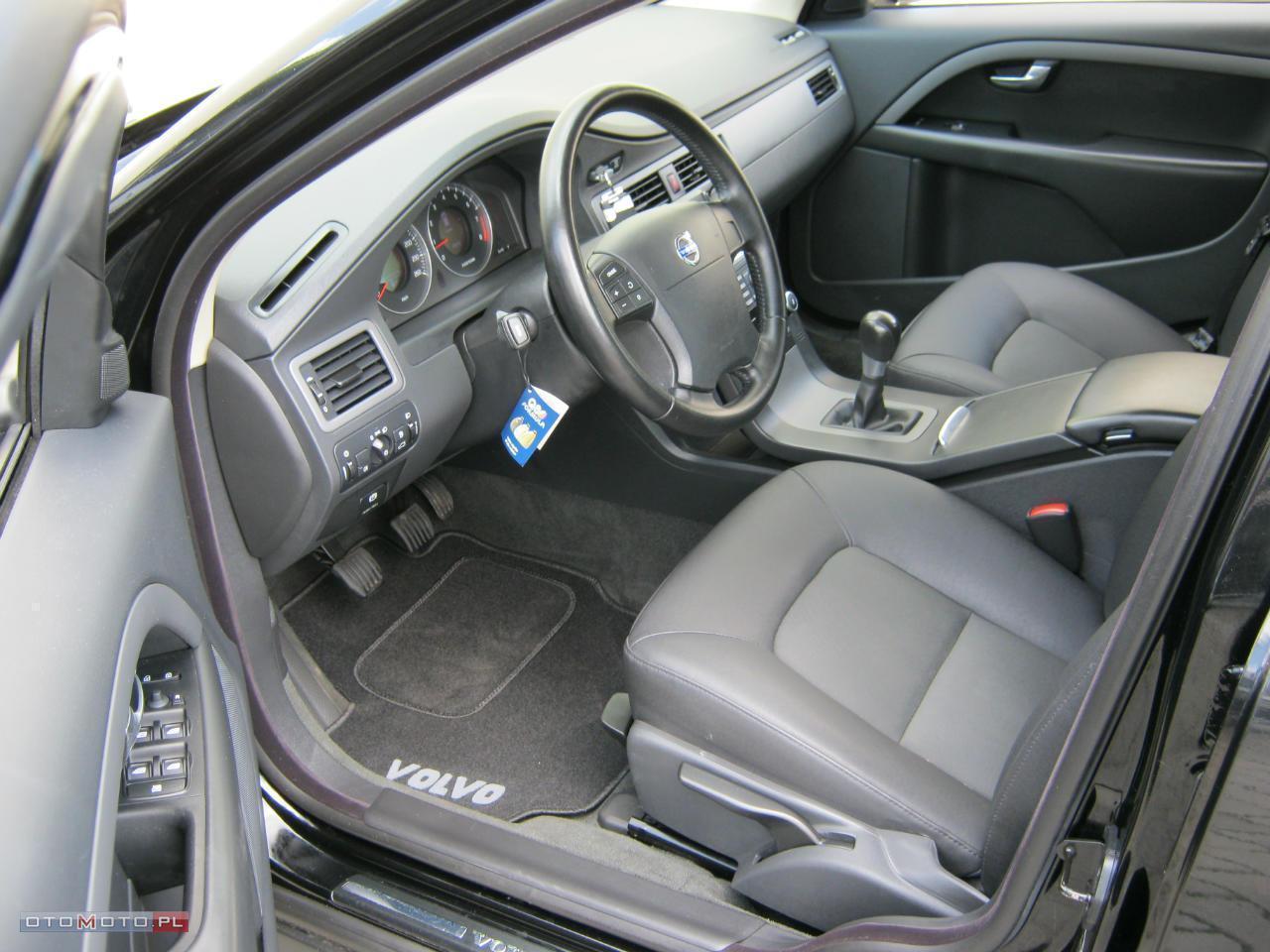 Volvo V70 BEZWYPADKOWY SERWISOWANY