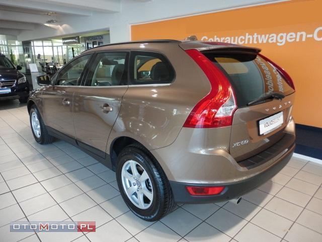 Volvo XC 60 D5 bezwypadek FV 23%