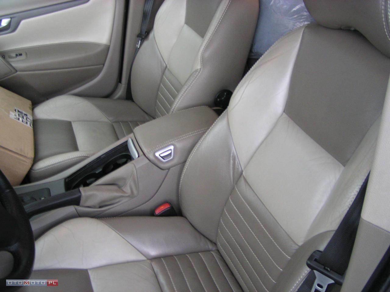 Volvo S60 2.4D-5-XENON-SKORA-AUTOMATIC
