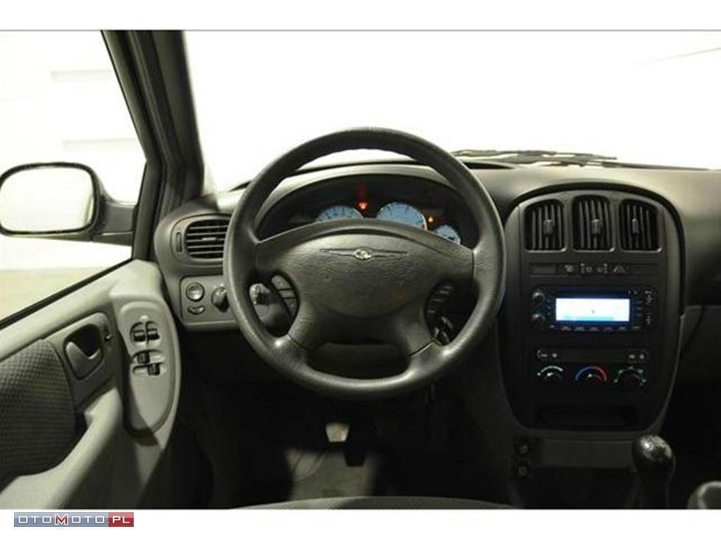 Chrysler Voyager RODZINNY VAN NA KAŻDĄ OKAZJĘ