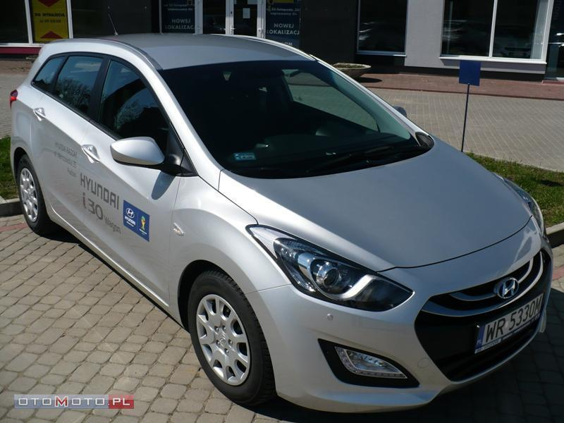 Hyundai i30 **Kombi** Super CENA