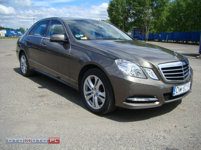 Mercedes-Benz E 250 CDI 4 MATIC AVANTGARDE SALON P