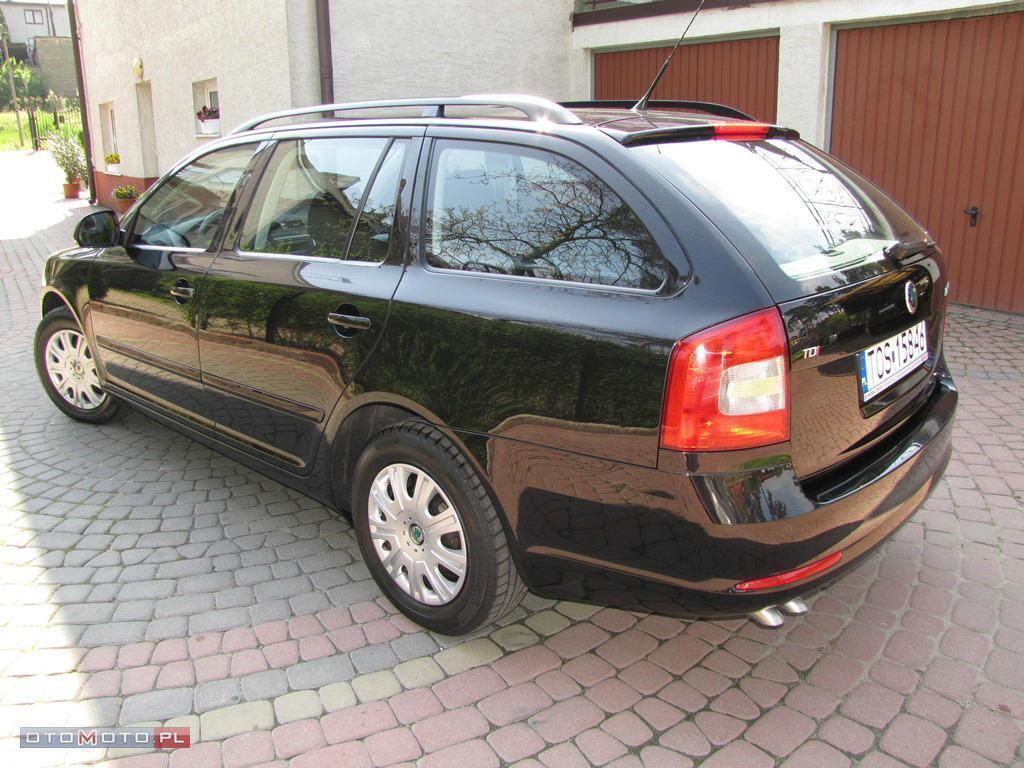Škoda Octavia Kombi 2.0TDI SalonRP FV23%