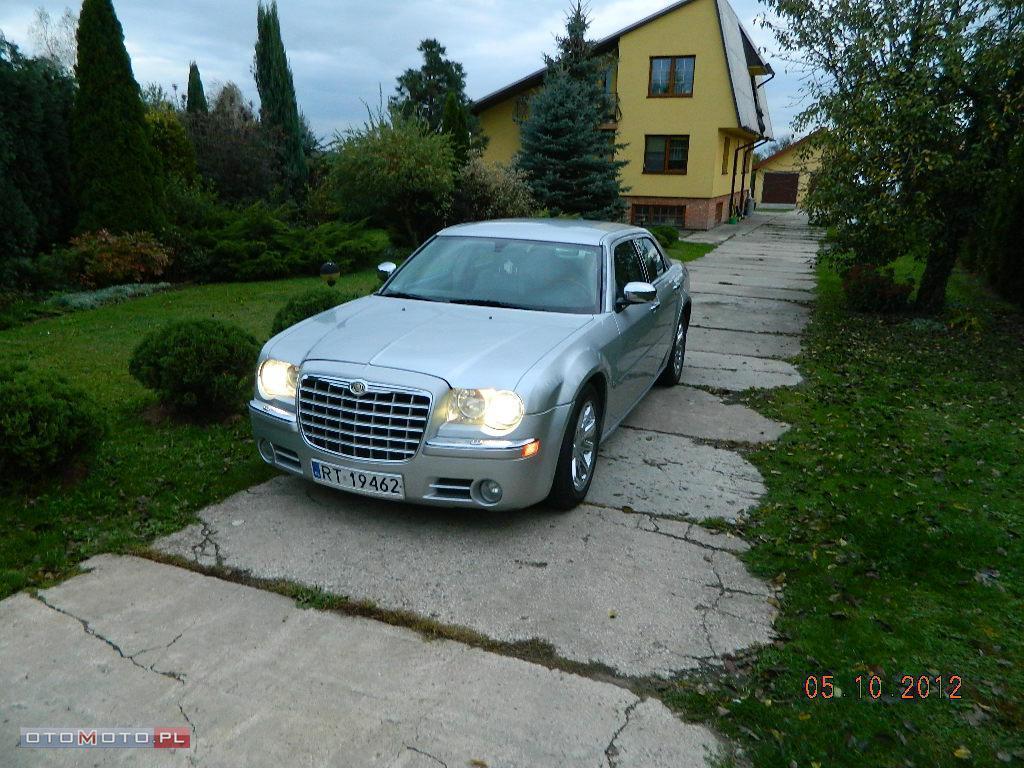 Chrysler 300C WYNAJEM LINCOLN EXCALIBUR ZAMI